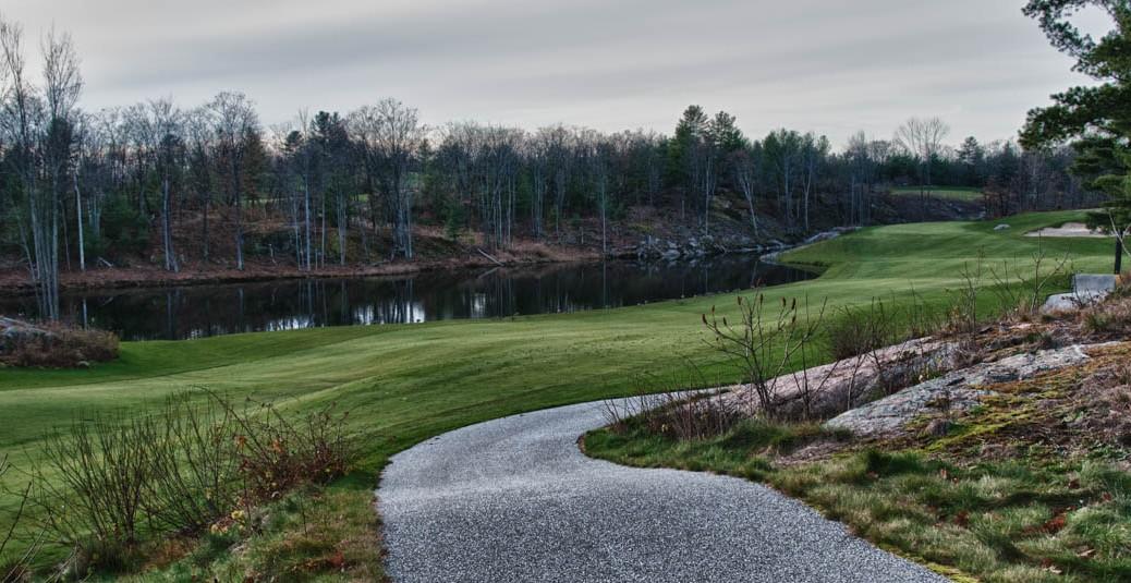 Muskoka golf villa pond view